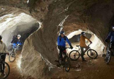 Praktikus információk a Peca hegyi bánya kerékpározáshoz és evezéshez